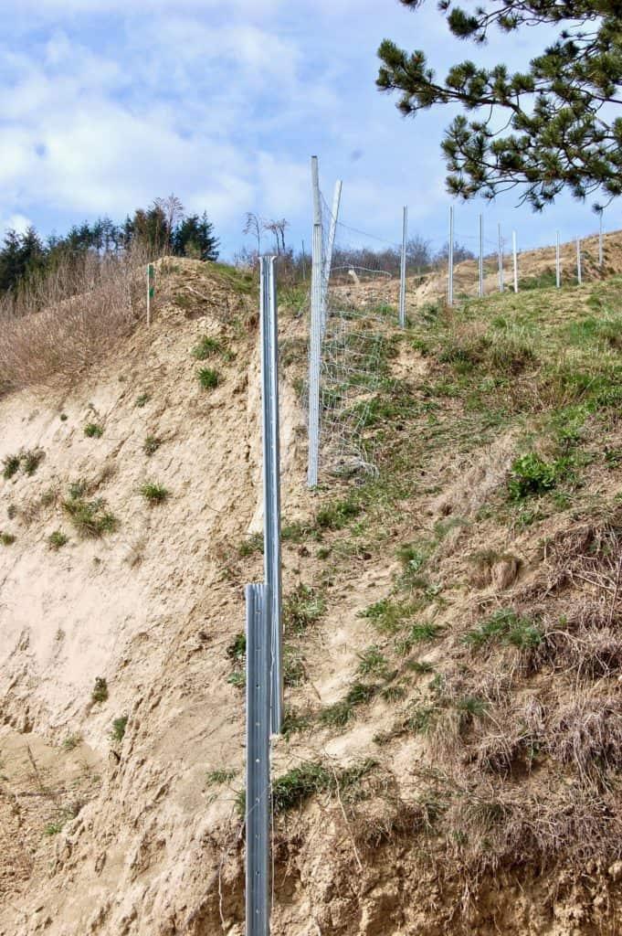 Schafzaun auf steilem Gelände
