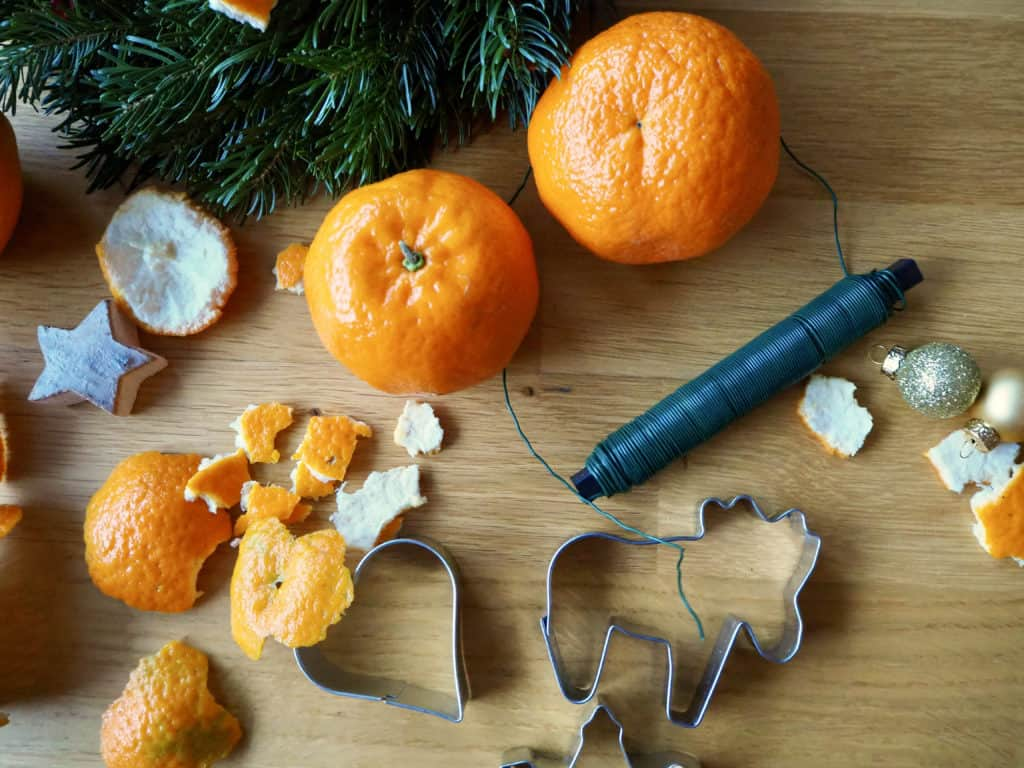 Material für Orangenschalen-Weihnachtsschmuck
