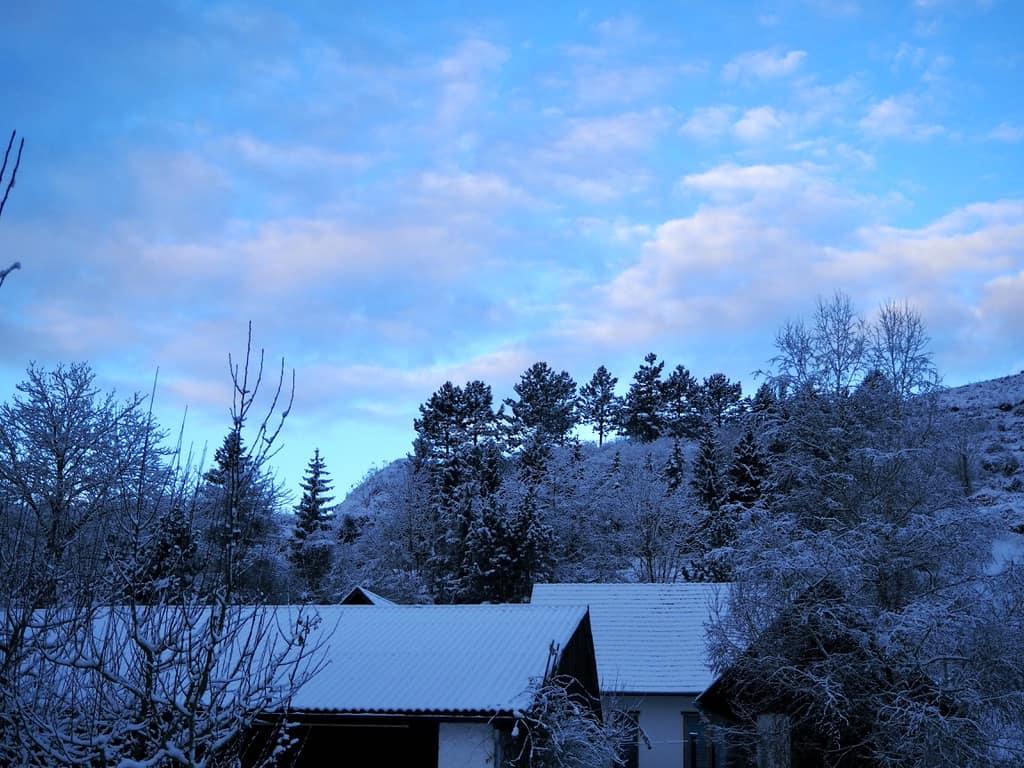 Blaue Winterlandschaften