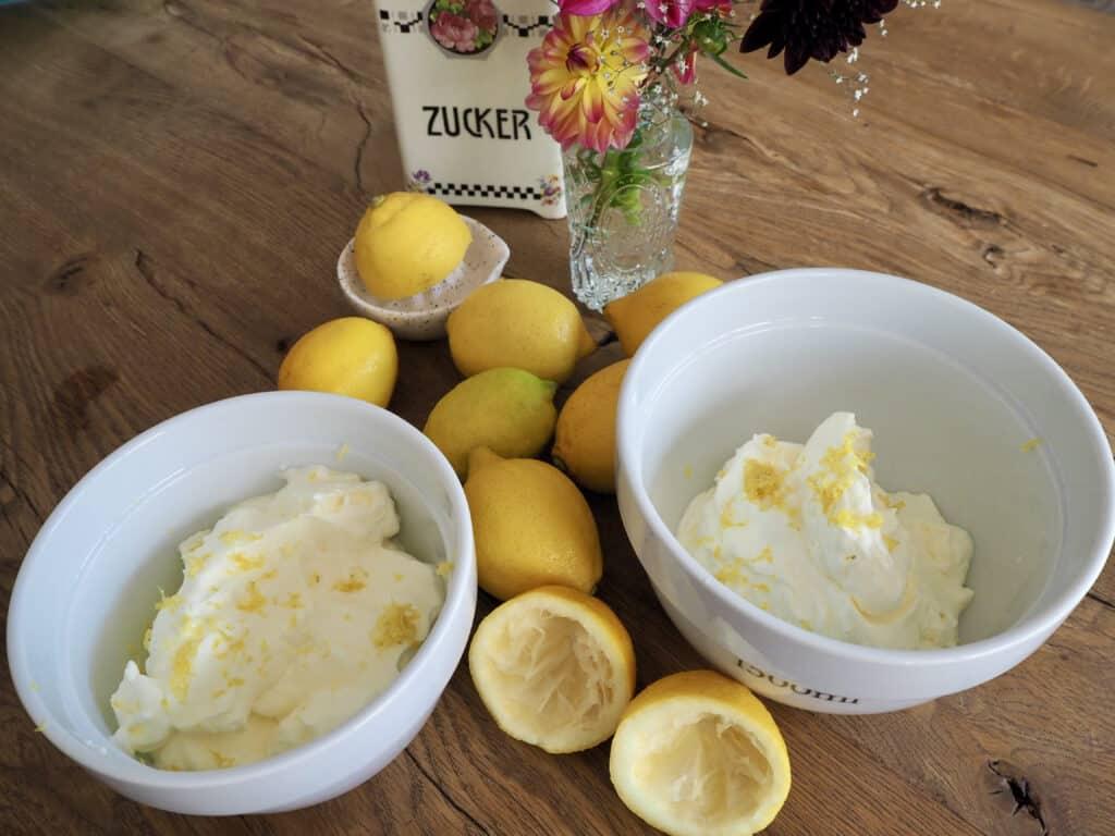 Zutaten für cremiges Zitroneneis ohne Eismaschine
